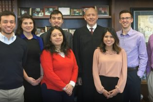 Judge Kennelly Hosts Northwestern Law Student Division Lunch