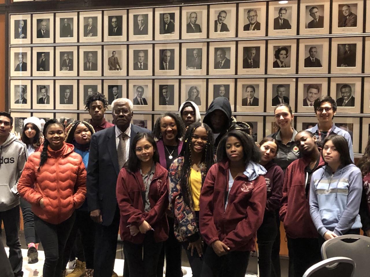 William J. Hibbler Schoolhouse To Courthouse Program